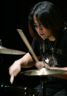 image/toshi-nagai-2009-02-21T15:35:45-2.jpg